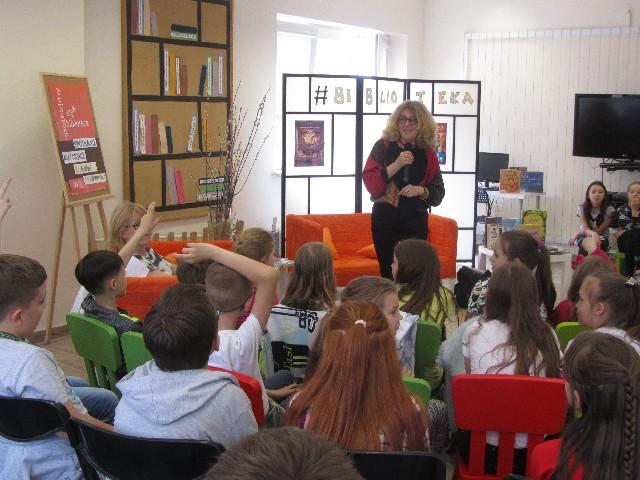 Spotkanie autorskie z Anną Onichimowską